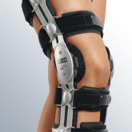 Жесткий регулируемый коленный ортез M.4 AGR