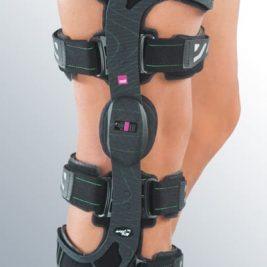 Жесткий коленный ортез с возможностью фиксации в положении разгибания M.4® X-lock