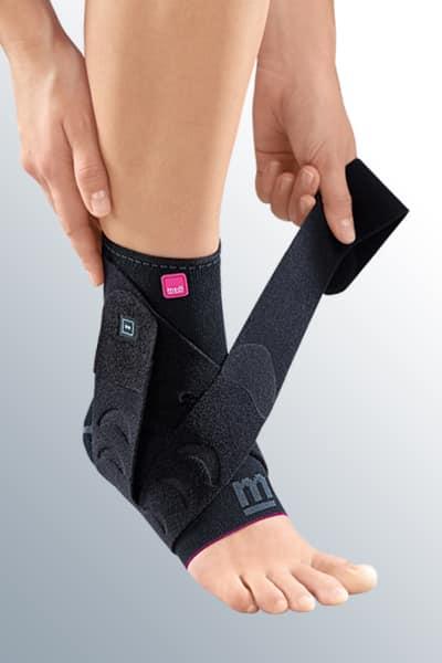 Изображение - Бандаж голеностопного сустава с силиконовой вставкой ankle-support-levamed-active-strap
