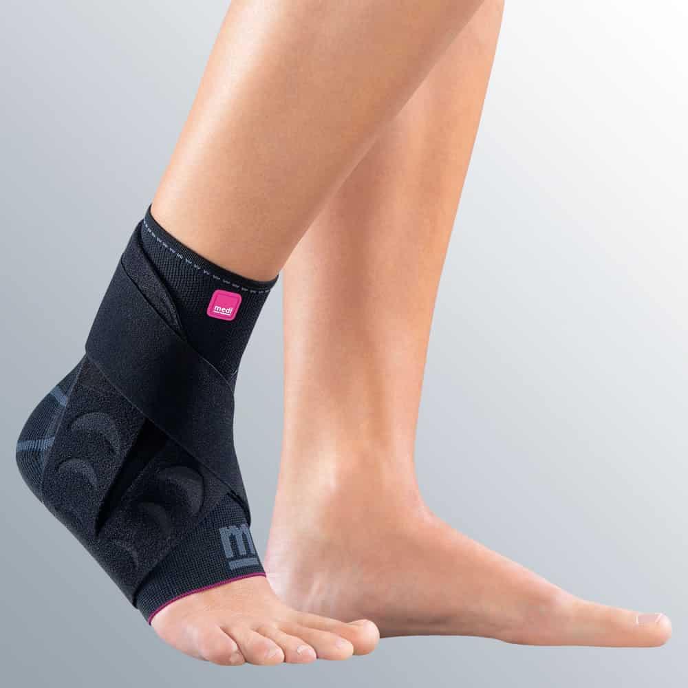 Изображение - Бандаж голеностопного сустава с силиконовой вставкой medi_Levamed-active-ankle-support