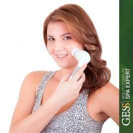 Щетка для чистки лица GESS Spa Expert